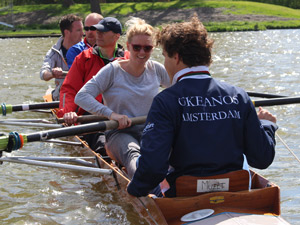 Clinic in de boot